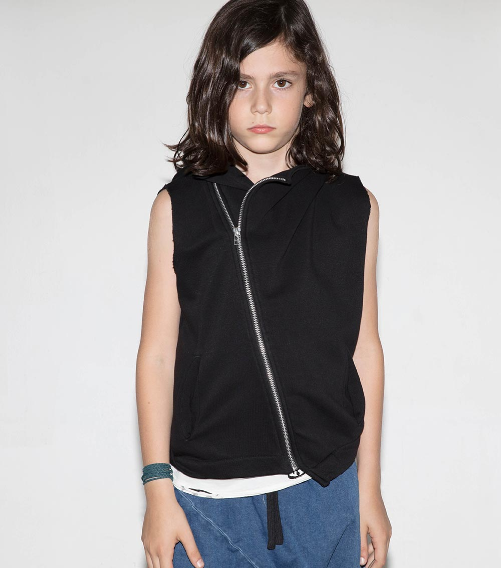 black hooded diagonal vest for kids